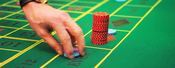 Player put his chips on 'even' in a roulette table